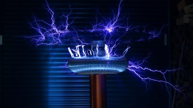 modré elektrické napätie