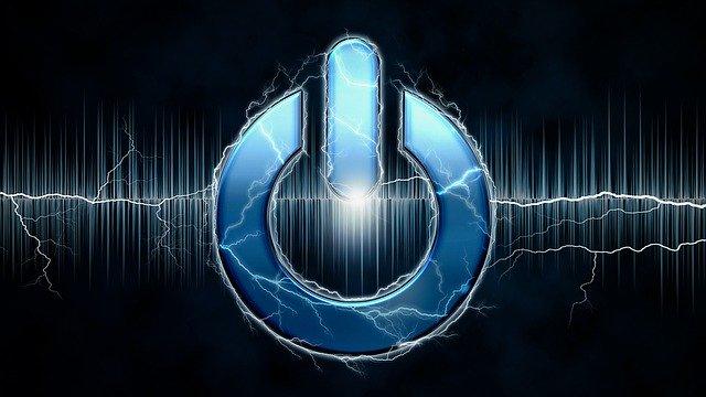 Symbol tlačidla ON obklopený elektrickými výbojmi
